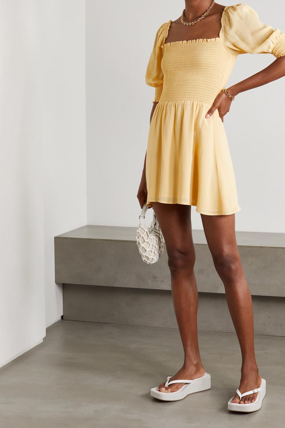 Reformation Elle Minikleid aus Crêpe mit Raffungen und Rüschen