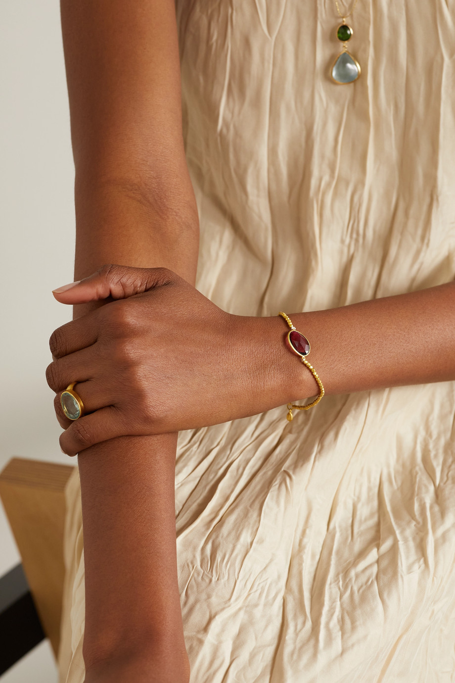Pippa Small Armband aus 18 Karat Gold mit Turmalin