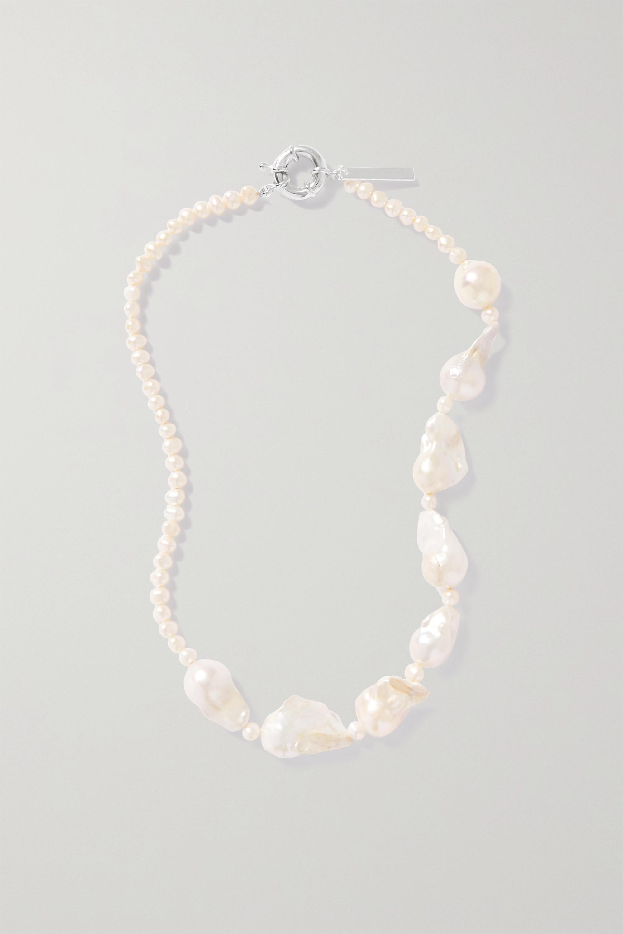 PEARL OCTOPUSS.Y Kette mit versilberten Details und Perlen