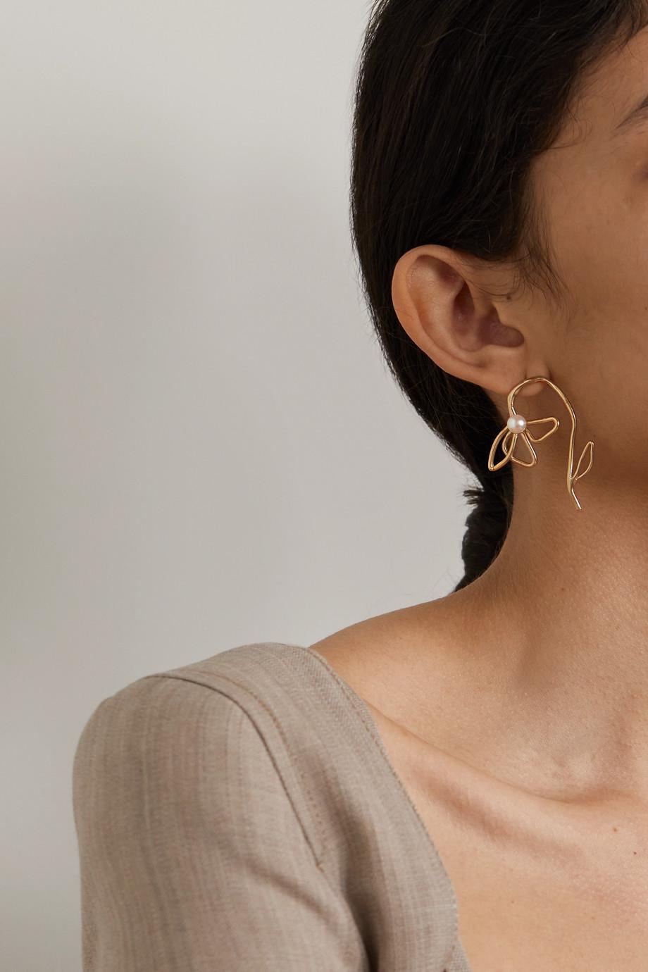 Anita Berisha Boucles d'oreilles en métal doré et perles Lilies