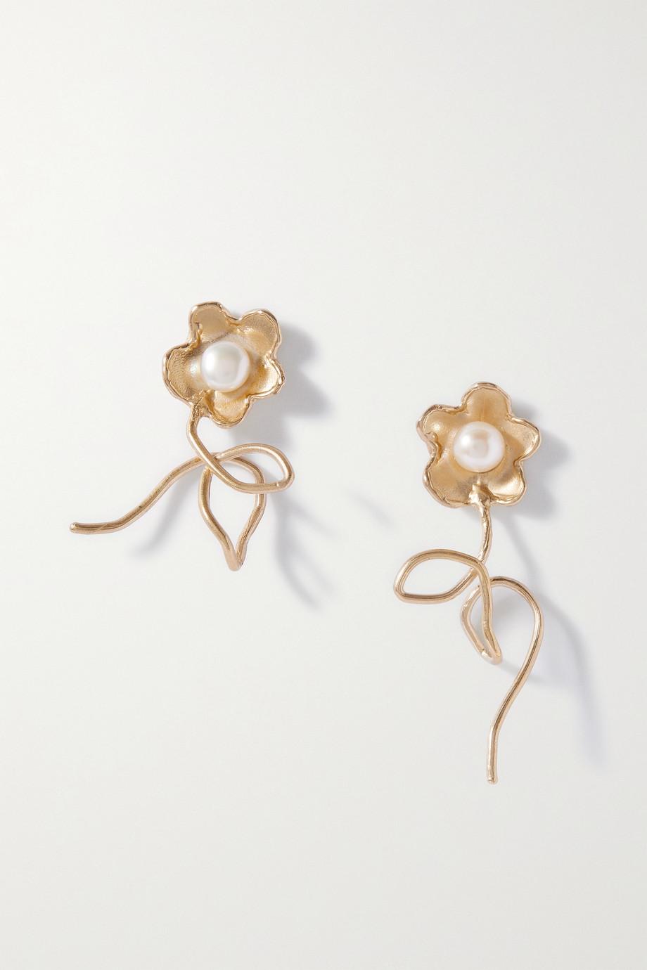 Anita Berisha Boucles d'oreilles en métal doré et perles Stems and All