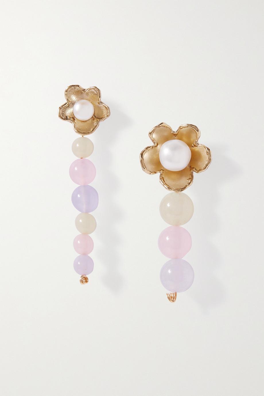 Anita Berisha Boucles d'oreilles en plaqué or, jades et perles Pastel Daisies