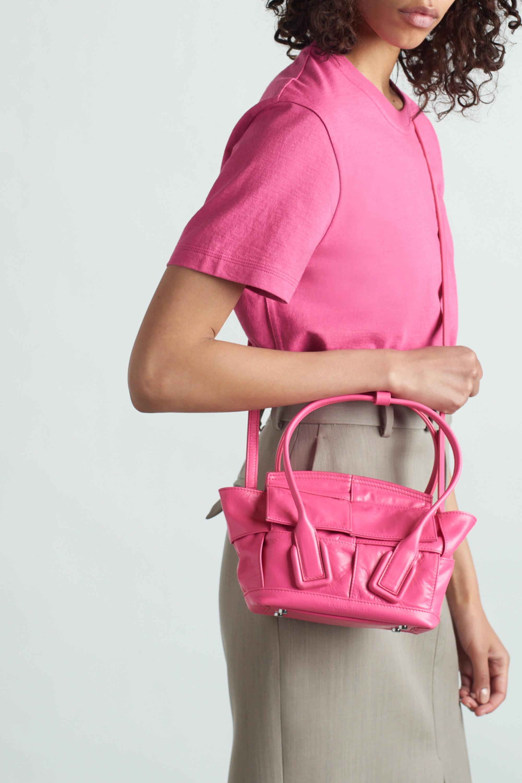 Bottega Veneta Sac à main en cuir intrecciato Arco Mini