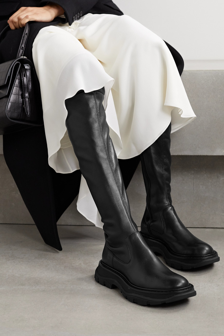 Alexander McQueen Cuissardes à semelles oversize en cuir