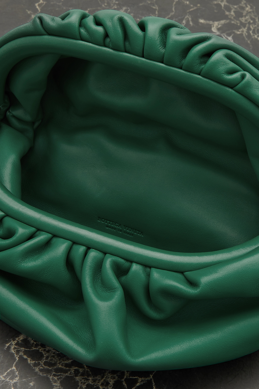 Bottega Veneta Sac ceinture en cuir à fronces The Chain Pouch