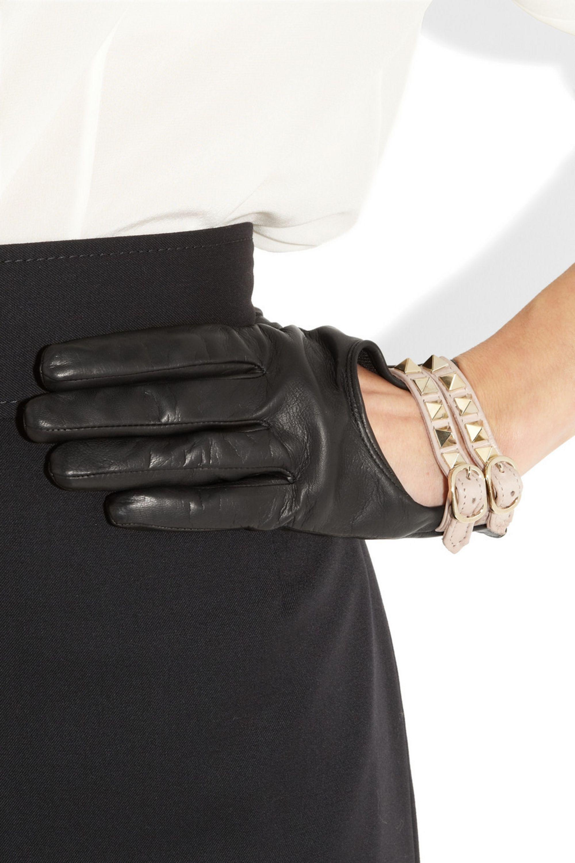 Valentino Rockstud leather gloves