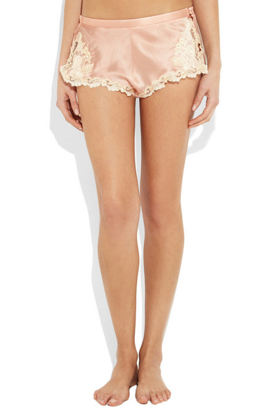 La perla maison high rise lace trimmed silk blend satin for 10 moulmein rise la maison