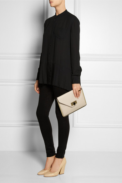 Chlo¨¦ | Sally textured-leather envelope clutch | NET-A-PORTER.COM