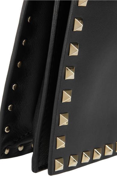 Valentino Rockstud Leder-Clutch