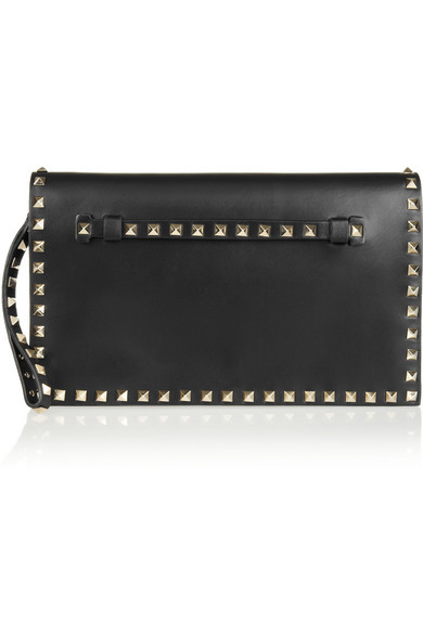 09c832ab26 Valentino. Valentino Garavani The Rockstud leather clutch