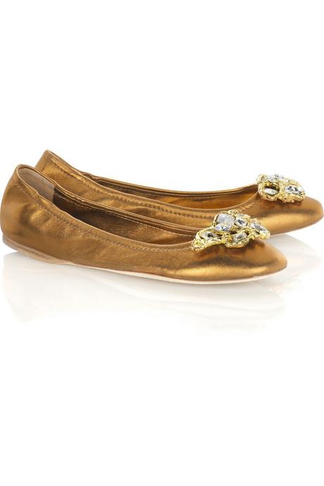 أحذية فلااااات للشابات الانيقات