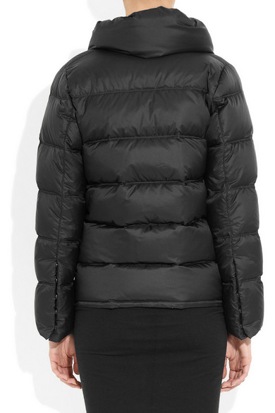 100% authentic f79d1 59532 Schwarz glänzende Daunenjacke aus Nylon