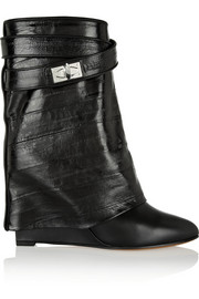 Folded ankle boots in black eel