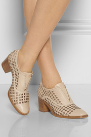 Perforated leather Oxford-style pumps