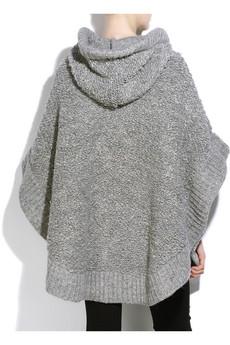 Knitting Pattern Chunky Cape : Inspirations: Stella McCartney - Oversized chunky knit cape