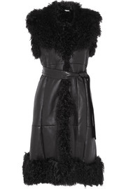 Sleeveless shearling and leather coat