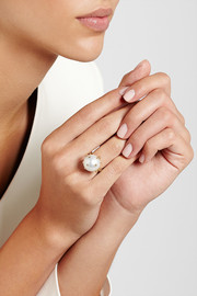 Bibi van der Velden Claw 18-karat gold, pearl and diamond ring