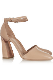 Glossed-leather pumps