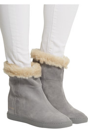 Common Projects Faux shearling-lined suede wedge ankle boots