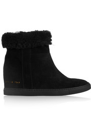 Common Projects Faux shearling-lined suede concealed wedge ankle boots