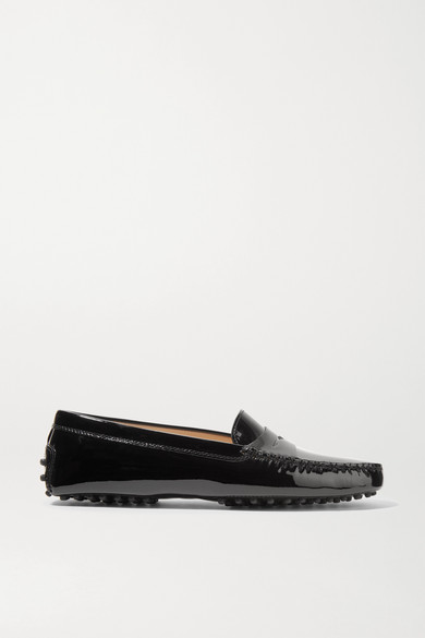 Tod's Gommino Driving Shoes In Patent Leather In Black