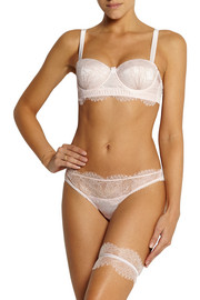 Oyster Whippy satin-trimmed lace garter