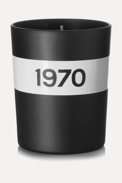 1970 BLACK MUSK AND PATCHOULI SCENTED CANDLE, 190G