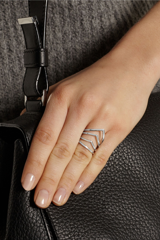 Arme De L'Amour Chevron silver ring