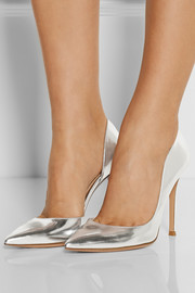 Metallic leather pumps