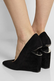 Ine cutout-wedge suede pumps