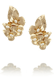 Daisy gold-dipped pearl clip earrings