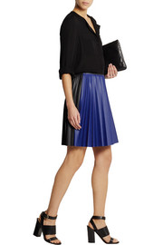 Color-block pleated faux leather mini skirt