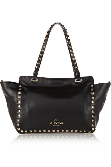Valentino Rockstud kleine trapezförmige Tasche aus Leder Steckdose Neu Finden Große Zum Verkauf Freies Verschiffen Der Niedrige Preis 7gW5fT