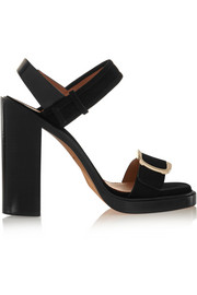 Buckled sandal in black suede