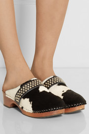 Studded calf hair clogs
