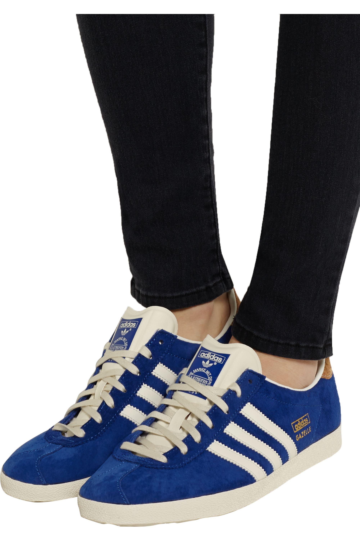 Baskets en daim bleu   Sneakers, Chaussures gazelle, Daim bleu