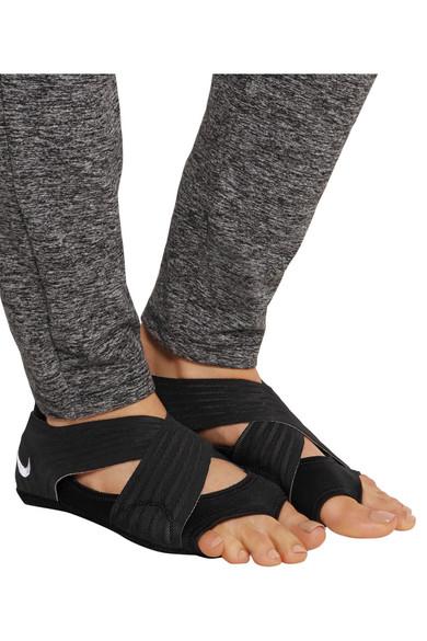 Nike. Studio Wrap elastic yoga shoes eae72aa0e