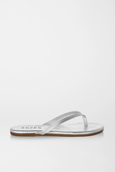 tkees female tkees lily metallic leather flip flops silver