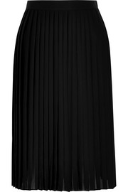 Pleated skirt in black matte-satin