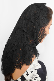 Guipure lace headscarf