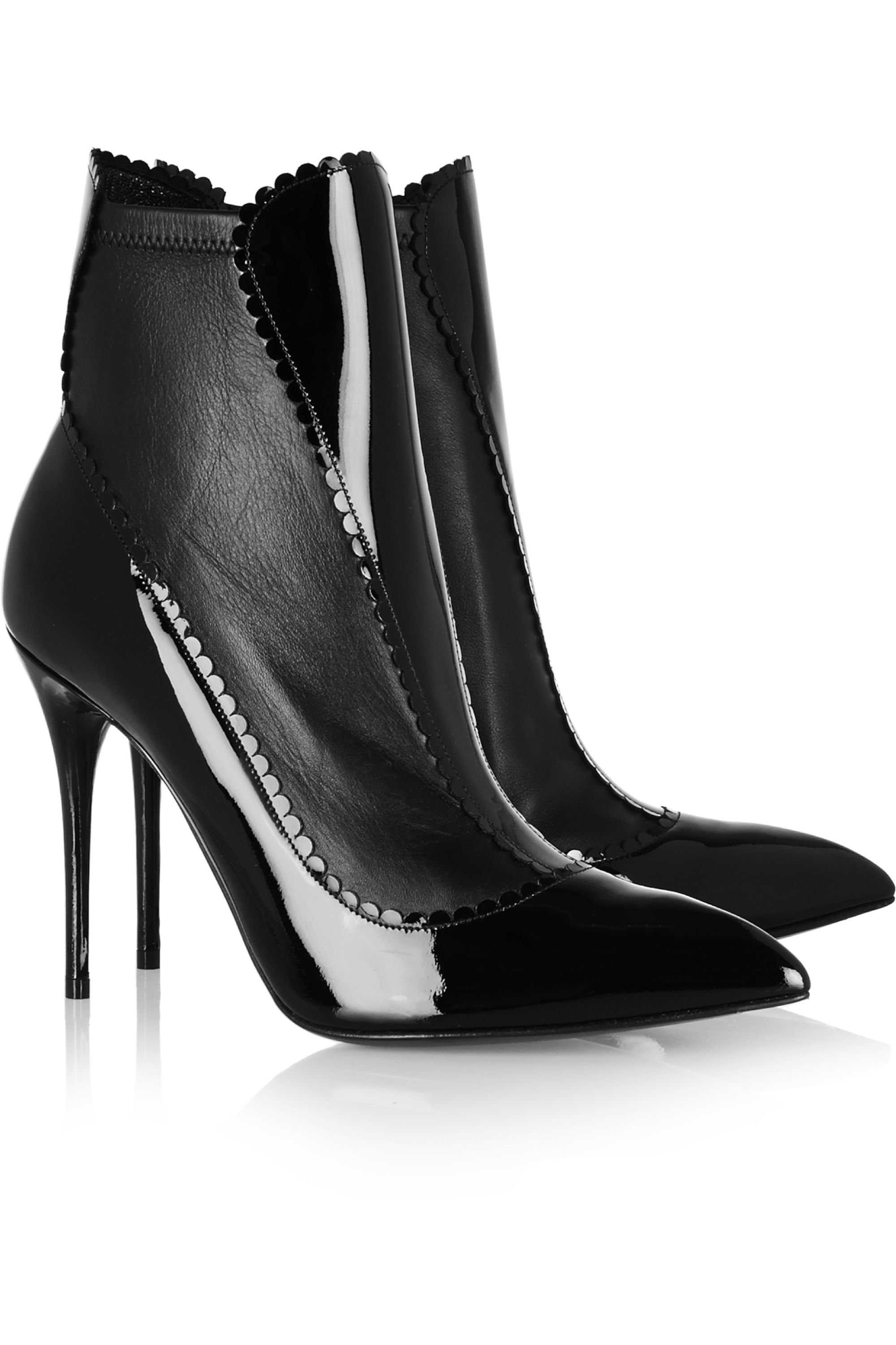 Alexander McQueen Scalloped patent-leather ankle boots