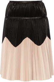 Pleated two-tone leather skirt