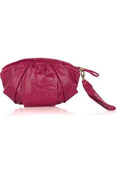 Относительно веяний моды в отношении сумок нужно сказать, что очень...