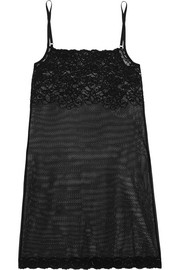 Stretch-lace chemise