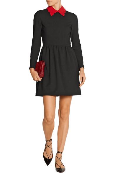 robe maje noire col rouge