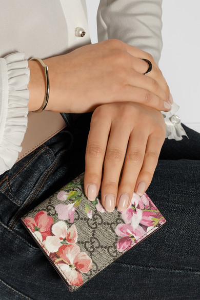 e280a8e3c3d7f6 Gucci | GG Blooms floral-print canvas cardholder | NET-A-PORTER.COM