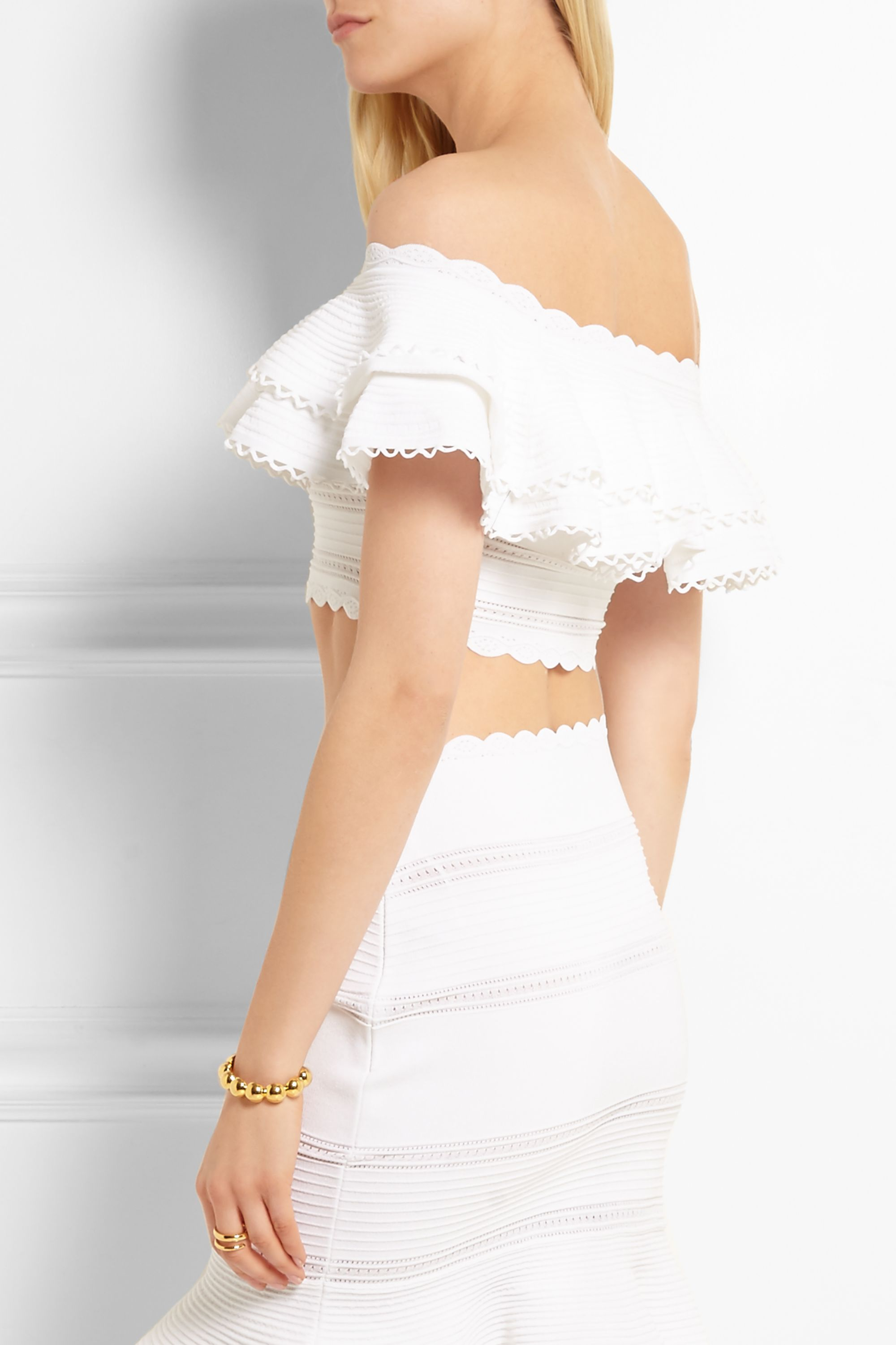 Alexander McQueen Cropped off-the-shoulder ruffled cotton-blend top