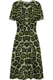 Midi dress in green leopard-print stretch-cady