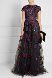 Oscar de la Renta Layered embellished tulle, organza and lace gown