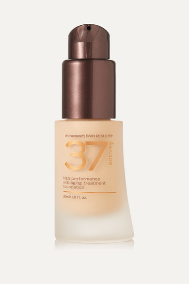 37 ACTIVES High Performance Anti-Aging Treatment Foundation - Light, 30Ml in Neutral